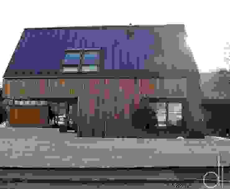 Abbruch und Neubau WOHNHAUS Moderne Häuser von di architekturbüro Modern
