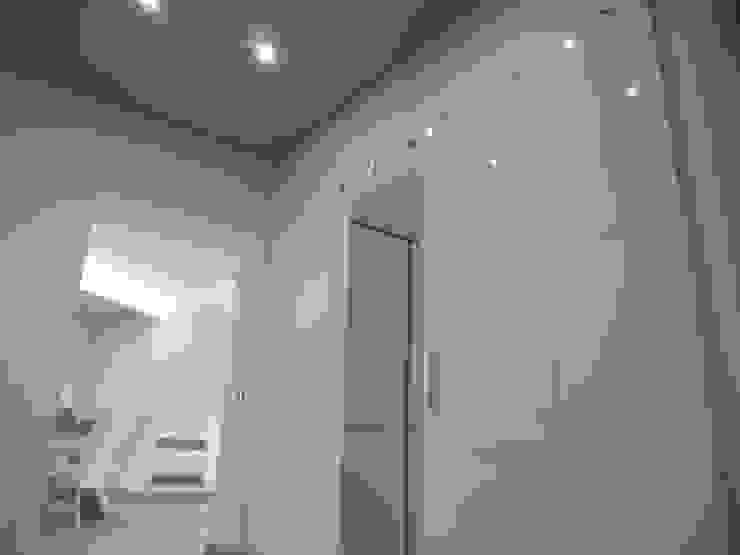 modern  by DOMENICO SUCCURRO ARCHITETTO, Modern