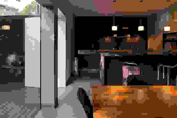 Kitchen Modern kitchen by Ed Reeve Modern