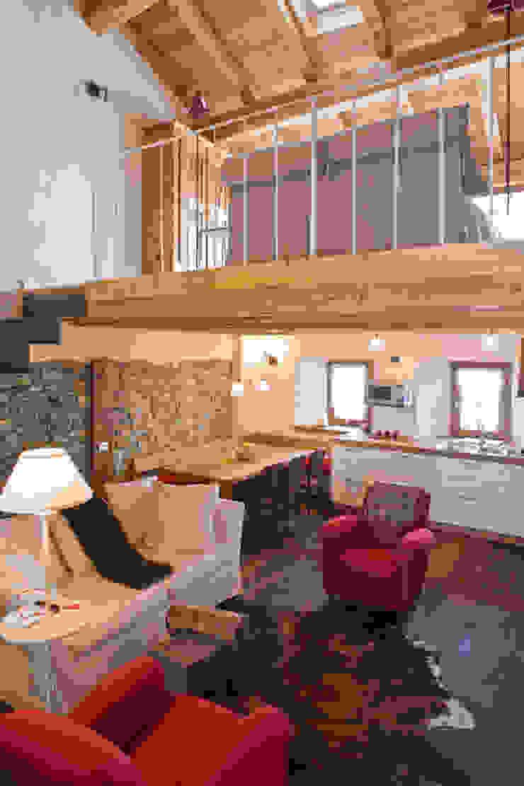 Arte Del Rustico Aosta casa in valle d'aosta di geroni modi di abitare sas | homify