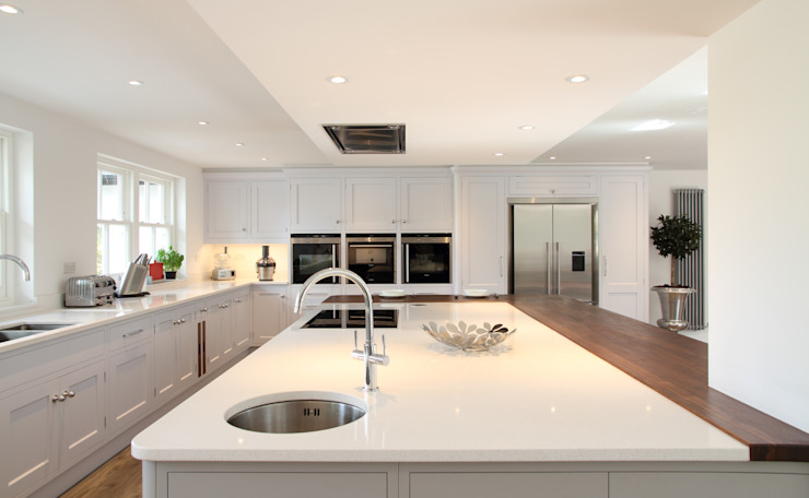 Modern kitchen in Hertfordshire John Ladbury and Company Modern kitchen