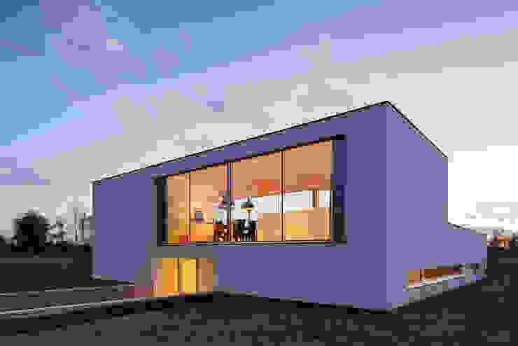Casas modernas: Ideas, imágenes y decoración de reitsema & partners architecten bna Moderno