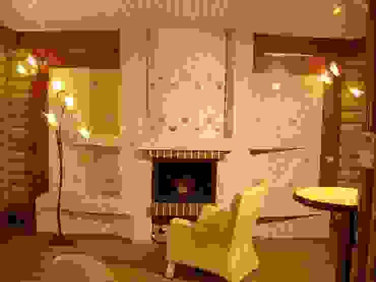Living room by архитектурная мастерская МАРТ,