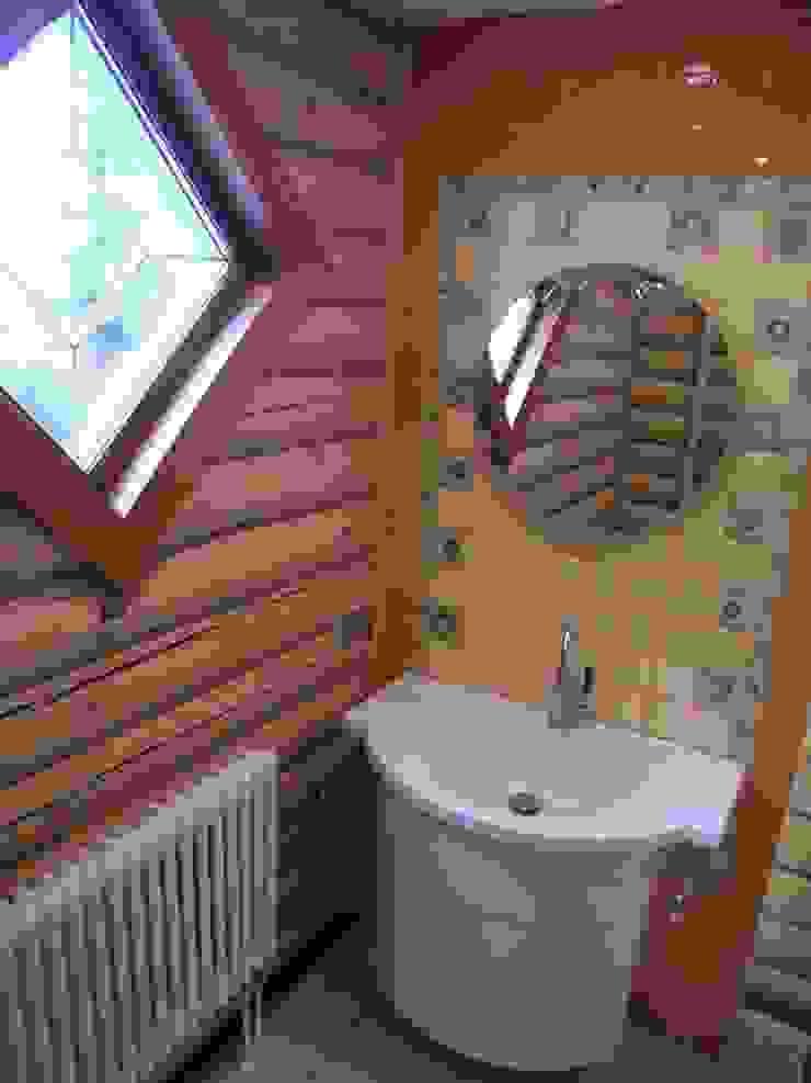 Дом Ванная комната в рустикальном стиле от архитектурная мастерская МАРТ Рустикальный