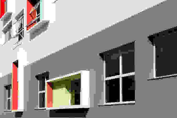 Biblioteca Liceu Salesiano Campinas Escolas modernas por SAA_SHIEH ARQUITETOS ASSOCIADOS Moderno