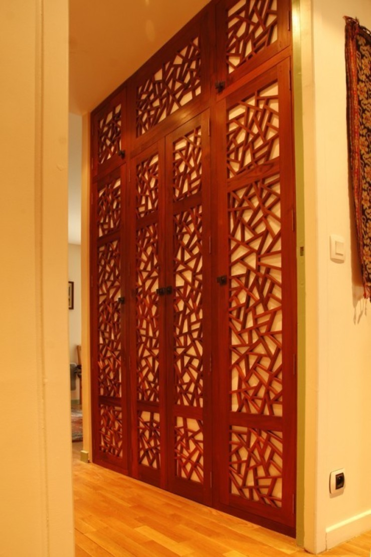 Custom made doors for a dressing Dressing original par Matahati Éclectique