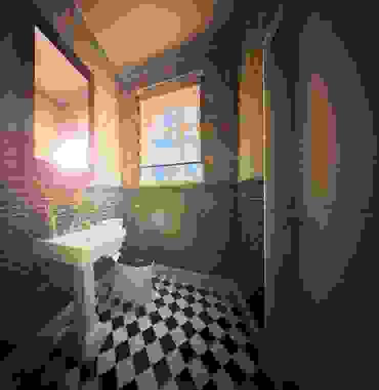 Ванные комнаты Ванная в классическом стиле от O2interior Классический