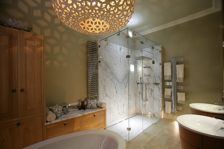 Dream Bathroom: modern  by Sculleries of Stockbridge, Modern