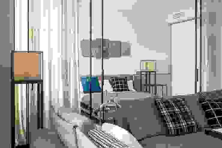 Квартира 89 м2, в жилом комплексе <q>Английский квартал</q> Гостиные в эклектичном стиле от Дизайн-бюро Галины Микулик Эклектичный