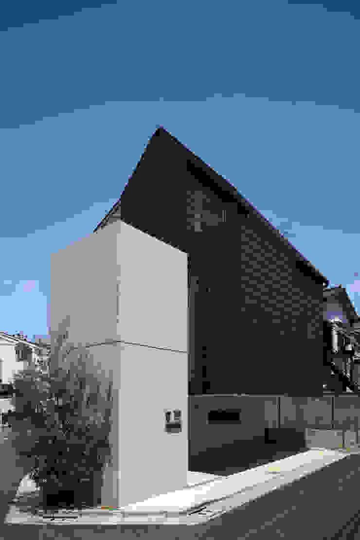長浜信幸建築設計事務所 Casas de estilo moderno