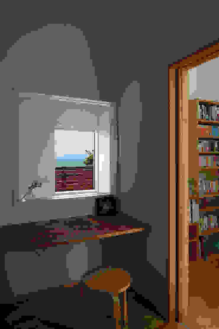 大磯の家 北欧スタイルの 寝室 の 長浜信幸建築設計事務所 北欧