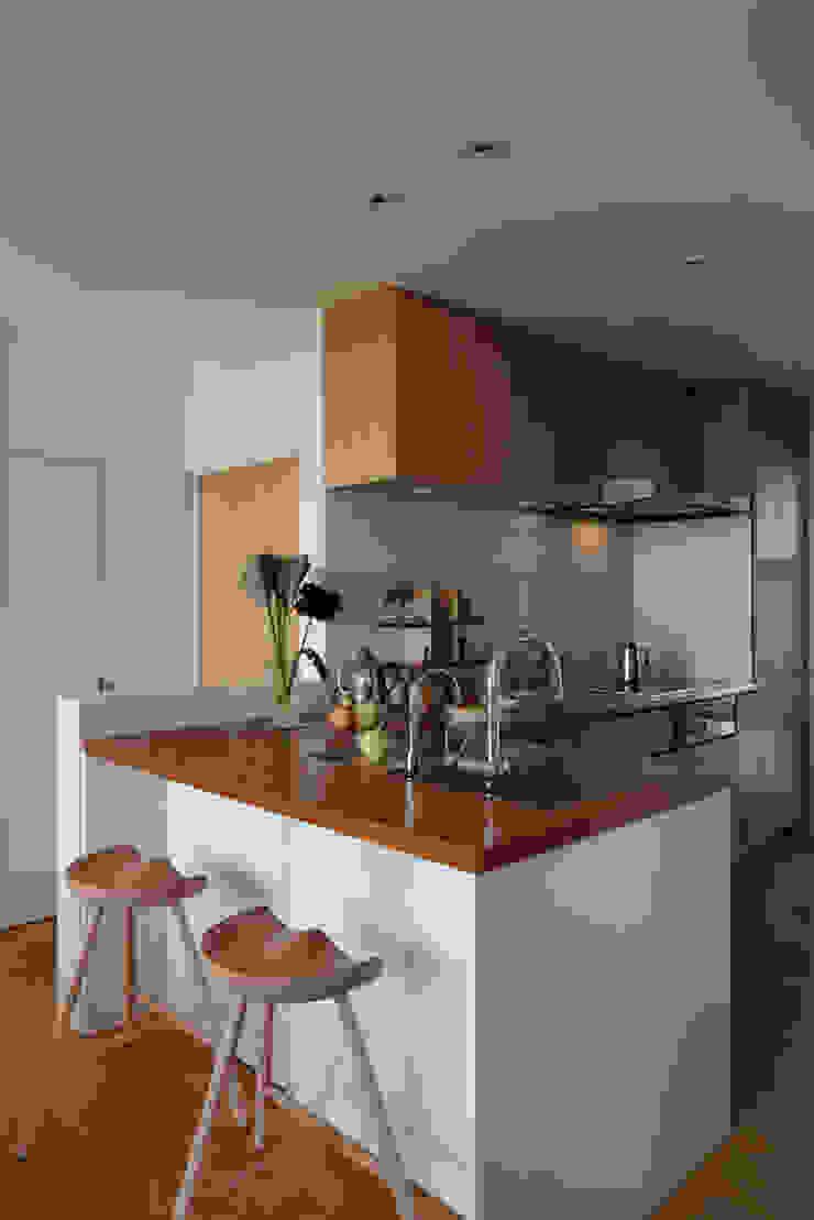 大磯の家 北欧デザインの キッチン の 長浜信幸建築設計事務所 北欧
