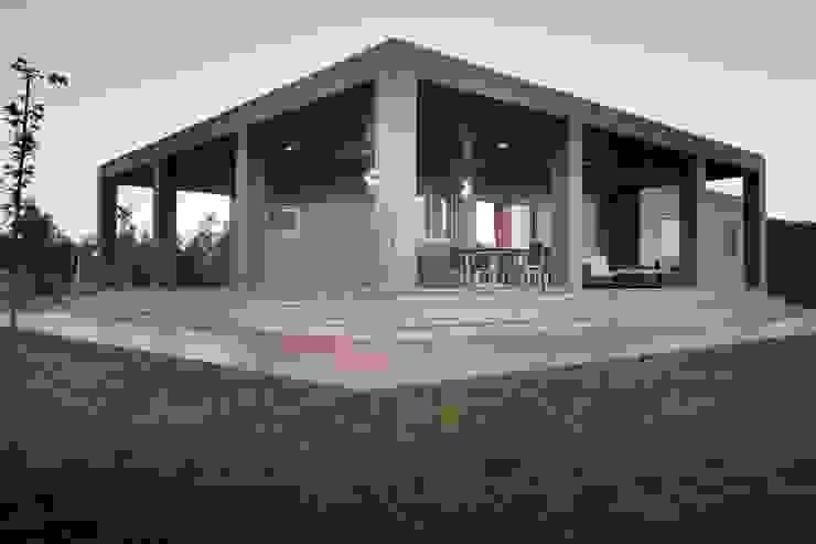 Rumah Modern Oleh Casas Natura Modern