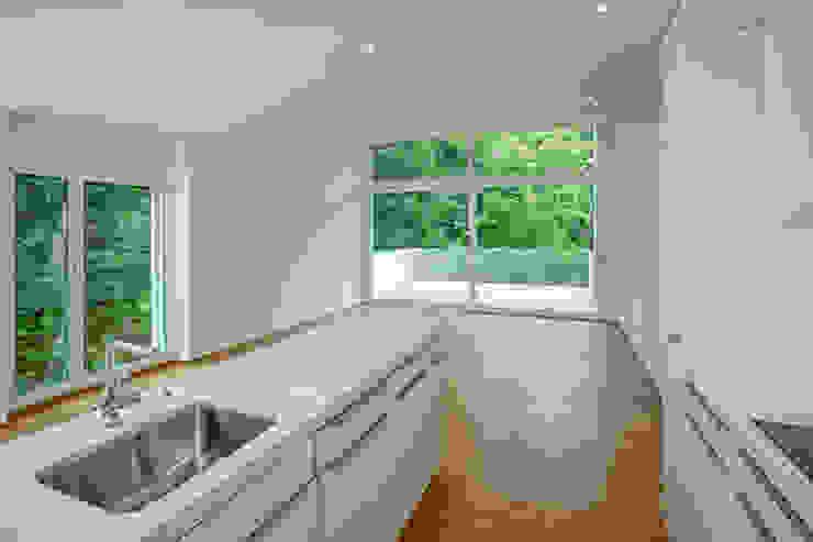 Überbauung Walke Moderne Küchen von Alberati Architekten AG Modern
