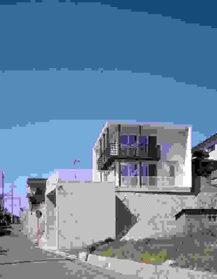 「育てる家 」 モダンな 家 の 有限会社アルキプラス建築事務所 モダン