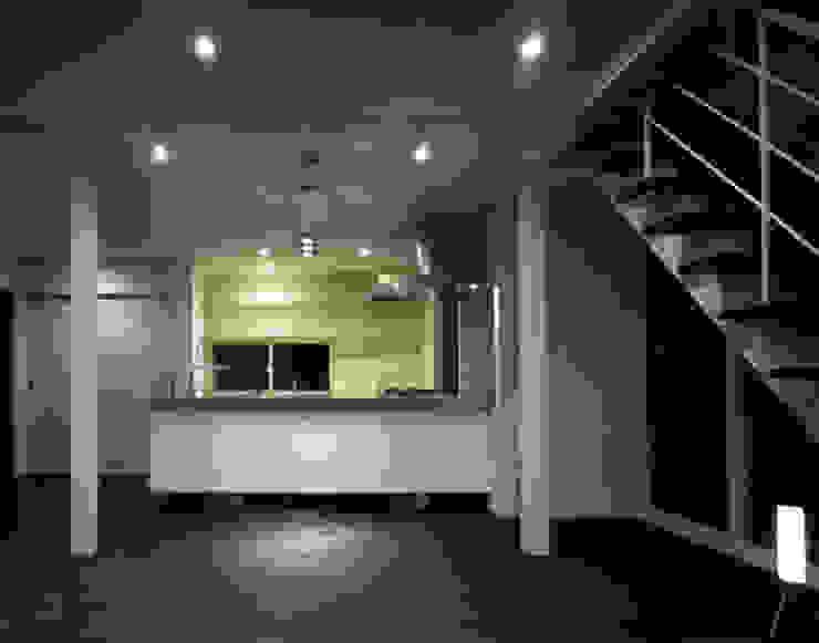 「育てる家 」 モダンな キッチン の 有限会社アルキプラス建築事務所 モダン