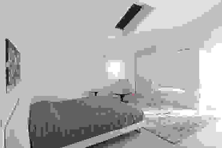 Residenza al mare 2014 di Andrea Tommasi Moderno