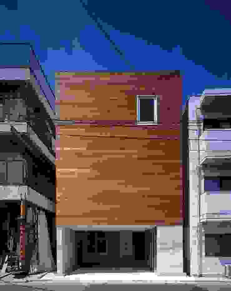 H HOUSE in hiroshima モダンな 家 の 有限会社アルキプラス建築事務所 モダン