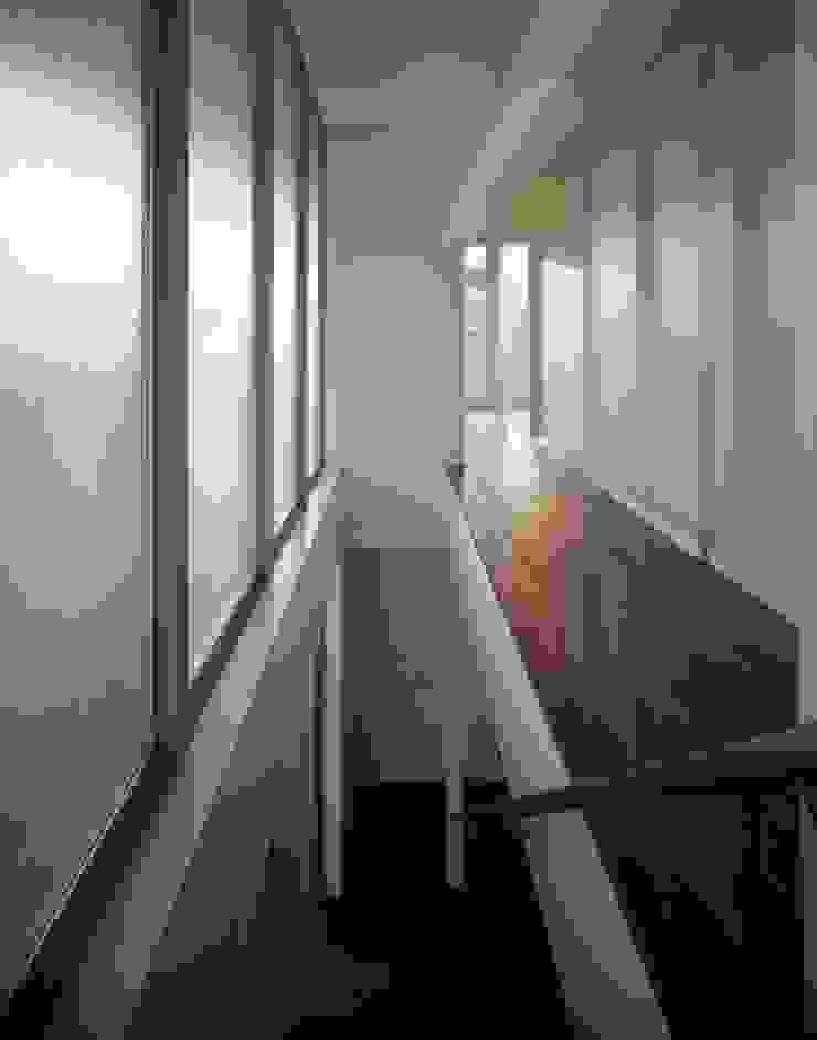 くまののいえ モダンスタイルの 玄関&廊下&階段 の 有限会社アルキプラス建築事務所 モダン