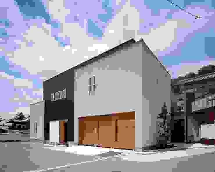 有限会社アルキプラス建築事務所 Casas de estilo moderno