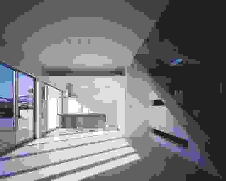 倉敷の家 モダンデザインの リビング の 有限会社アルキプラス建築事務所 モダン