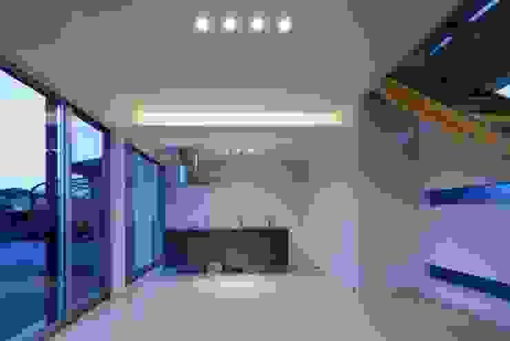 倉敷の家 モダンな キッチン の 有限会社アルキプラス建築事務所 モダン