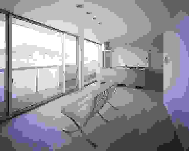 Modern Oturma Odası 有限会社アルキプラス建築事務所 Modern