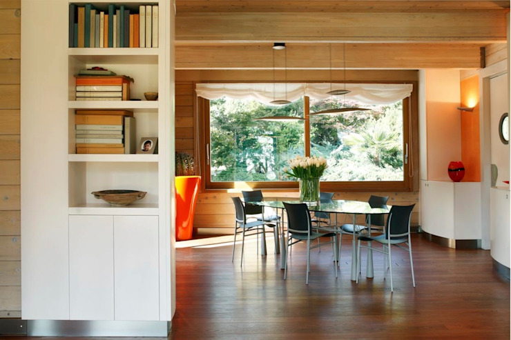 Modern dining room by alberico & giachetti architetti associati Modern