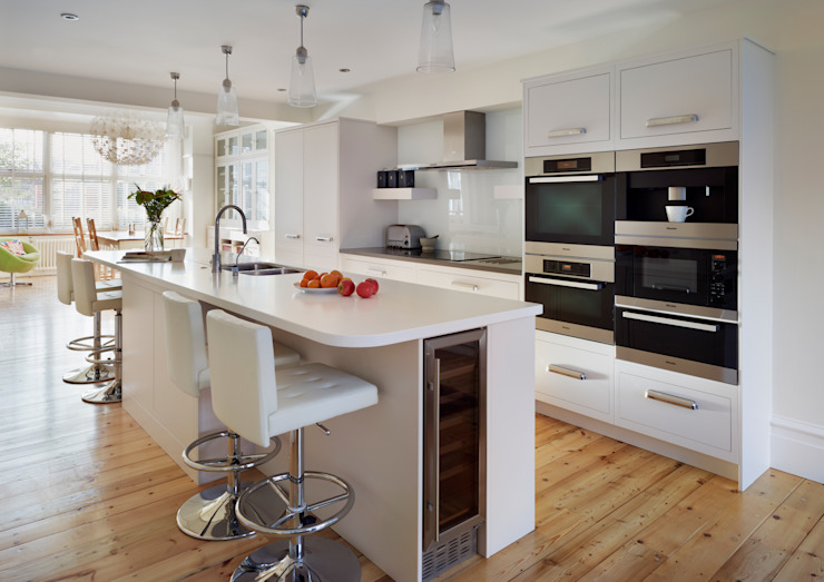 Linear kitchen by Harvey Jones Cuisine minimaliste par Harvey Jones Kitchens Minimaliste