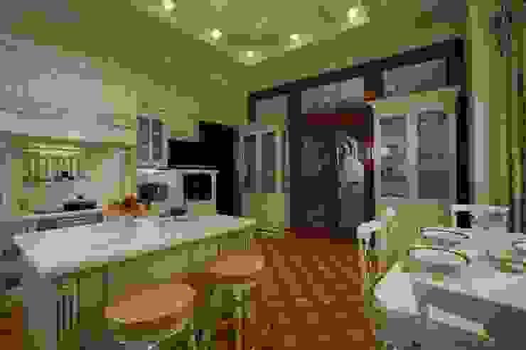 Загородная жизнь (дом 2000 кв.м.) Кухня в классическом стиле от Дизайн интерьера Проценко Андрея Классический