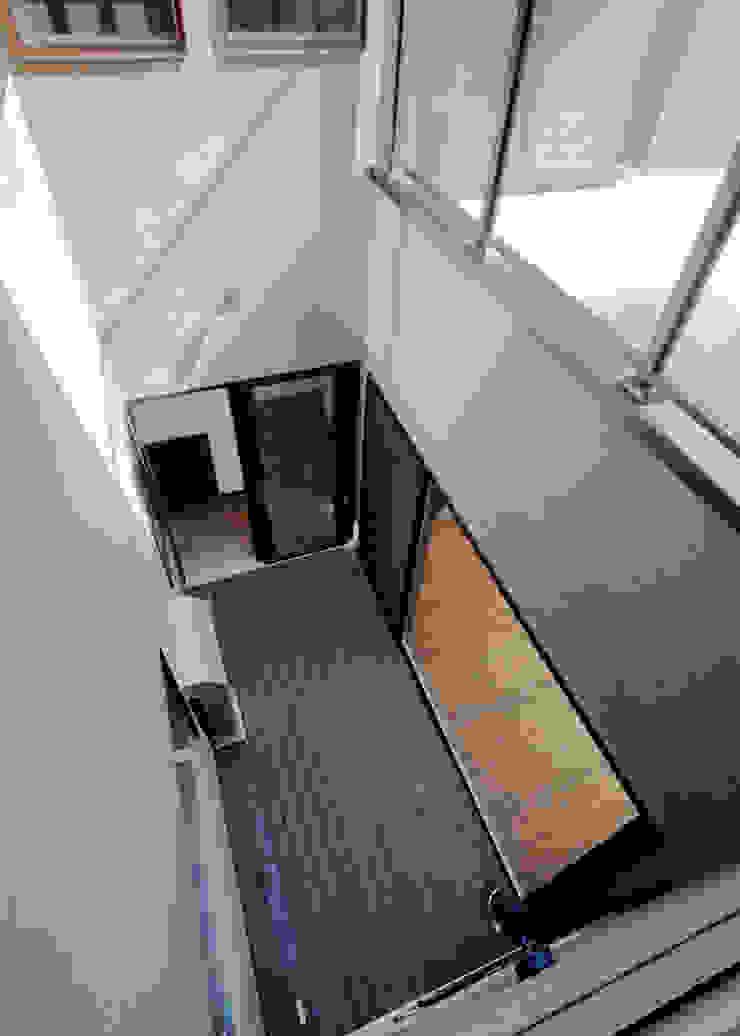 中庭見下げ アジア風 庭 の KEN-空間設計 和風