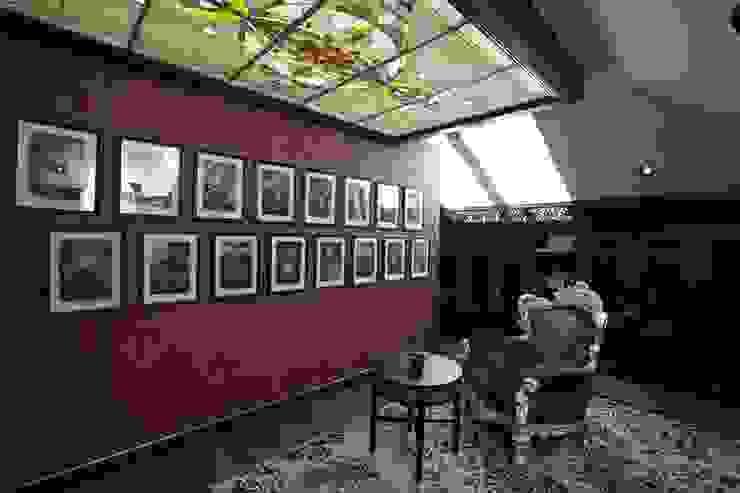 Загородная жизнь (дом 2000 кв.м.) Рабочий кабинет в классическом стиле от Дизайн интерьера Проценко Андрея Классический