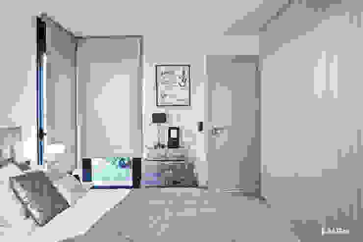 Cortinas verticales y enrollables de dormitorio - Kaaten Dormitorios de estilo escandinavo de Kaaten Escandinavo