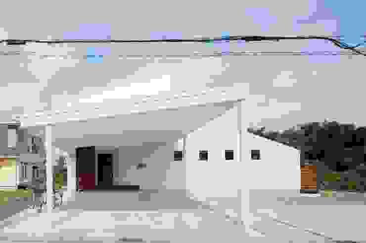slide house 一級建築士事務所あとりえ Case moderne