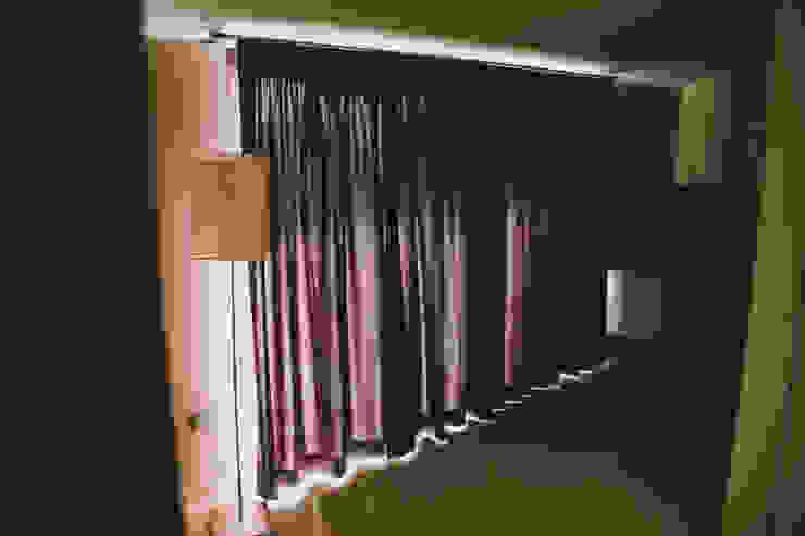 Studio di Progettazione Arch. Tiziana Franchina Janelas e portasCortinas e cortinados