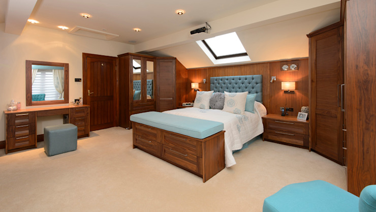 Mr & Mrs Swan's Bespoke Walnut Bedroom Classic style bedroom by Room Classic