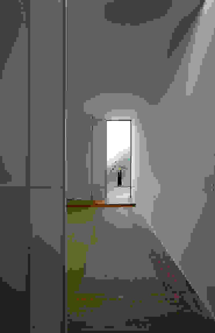 高山の家 モダンデザインの 多目的室 の 深山知子一級建築士事務所・アトリエレトノ モダン