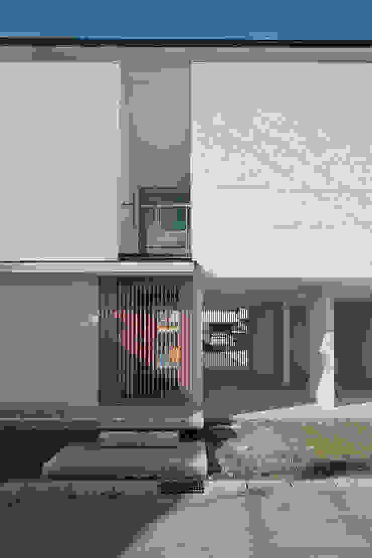 高山の家 モダンな 家 の 深山知子一級建築士事務所・アトリエレトノ モダン