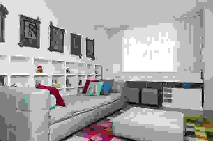 Квартира 180 кв.м. на Вернадском проспекте, Москва Детские комната в эклектичном стиле от Дизайн-бюро Галины Микулик Эклектичный