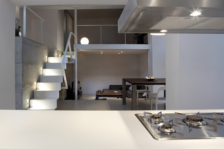 Loft a Milano Soggiorno minimalista di luca bianchi architetto Minimalista