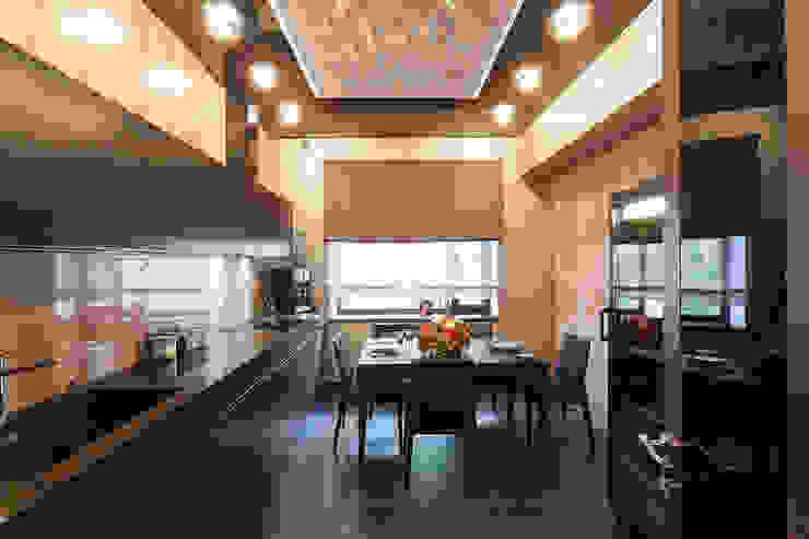 Офис с камином. Кухни в эклектичном стиле от Дизайн интерьера Проценко Андрея Эклектичный