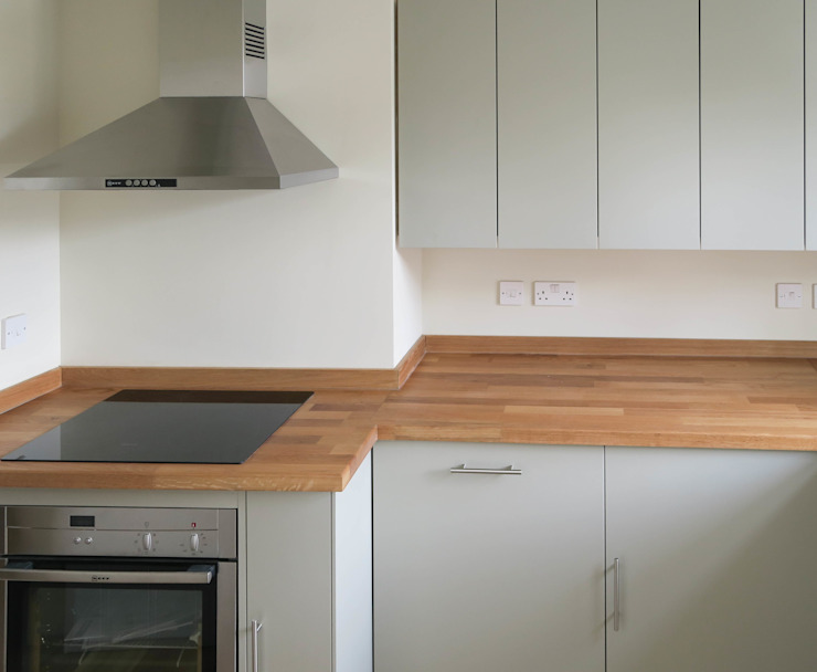 The Railway Tavern Kitchen Minimalist kitchen by NAKED Kitchens Minimalist