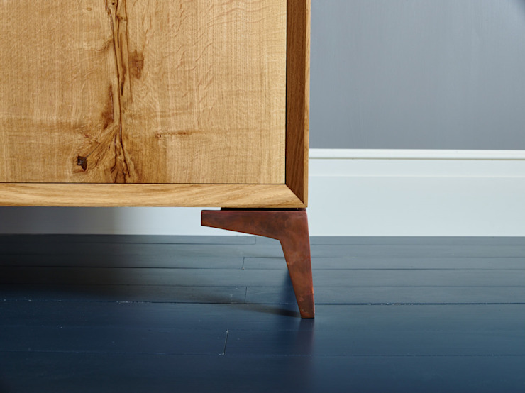 oak cabinet: classic  by muto, Classic