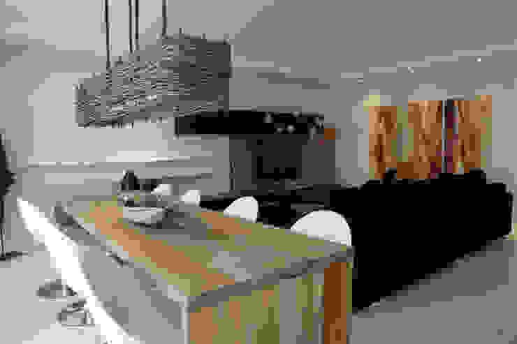 Projeto arquitetônico do apartamento decorado Platanos Salas de jantar ecléticas por ArchDesign STUDIO Eclético