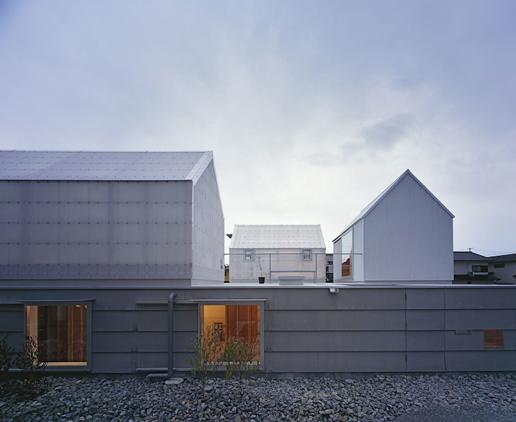House in Yamasaki Maisons originales par 島田陽建築設計事務所/Tato Architects Éclectique