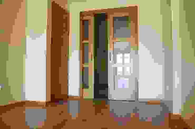 MUDEYBA S.L. Стіни & ПідлогиНастінні та підлогові покриття