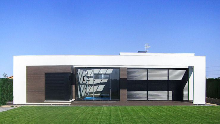 Modern Houses by Rubén Sánchez Albillo. Arquitecto Modern