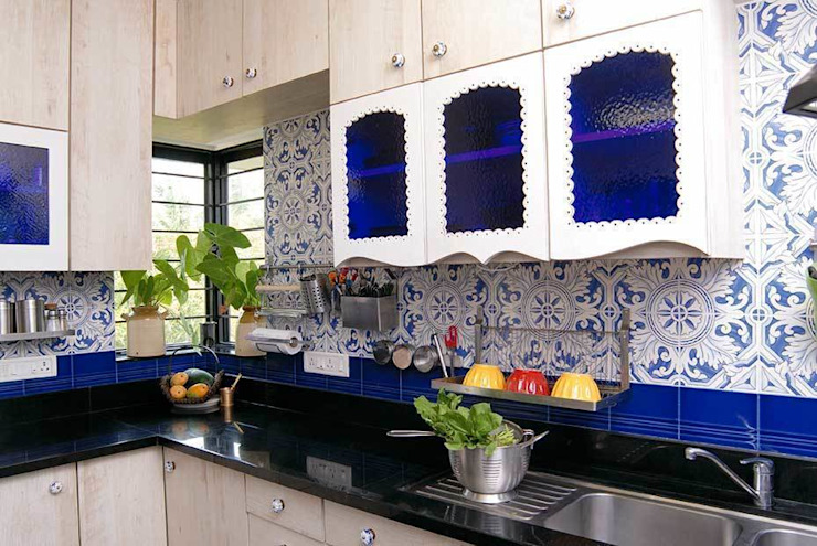 Natural Elements Eclectic style kitchen by The Orange Lane Eclectic