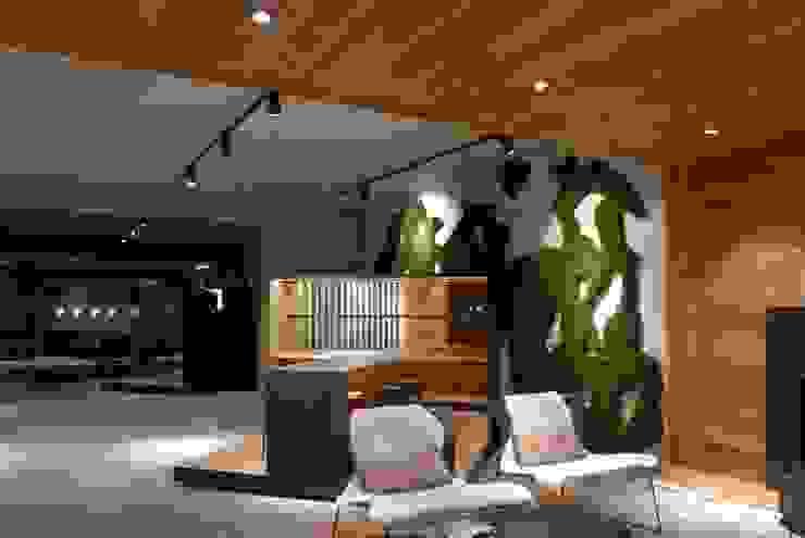 Bureau de style  par Freund  GmbH,