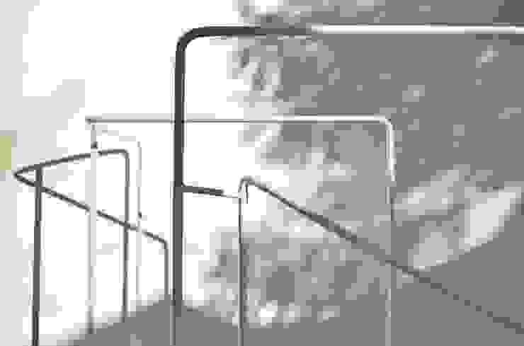 Niji Architects/原田将史+谷口真依子 Corridor, hallway & stairs Stairs